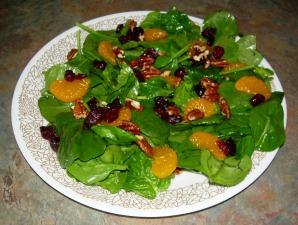 Spinach Mandarin Cranberry Pecan Salad
